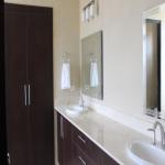 FeW-VM-LT52 - master-bedroom-with-bathroom-01