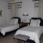 FeW-VM-LT52 - secound-bedroom-with-bathroom