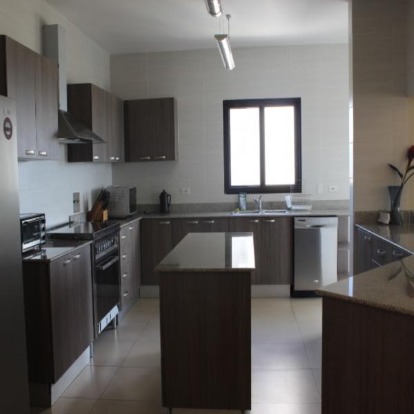 Few-VM-LO9D-kitchen