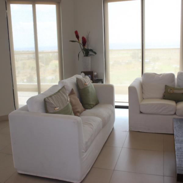 Few-VM-LO9D-living-room-01