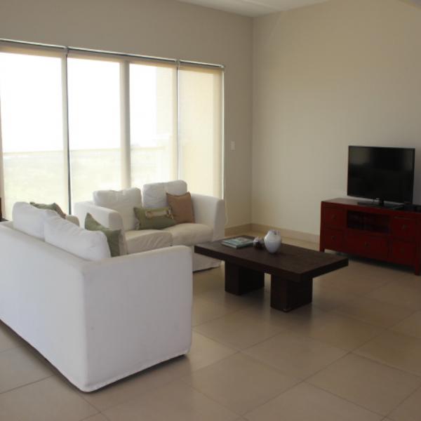 Few-VM-LO9D-living-room