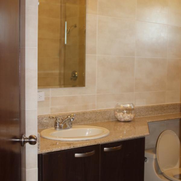 Few-VM-LO9D-third-bedroom-with-bathroom-02
