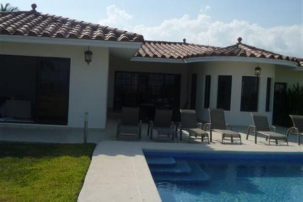 few-vm-gv6-terrace-and-pool-1